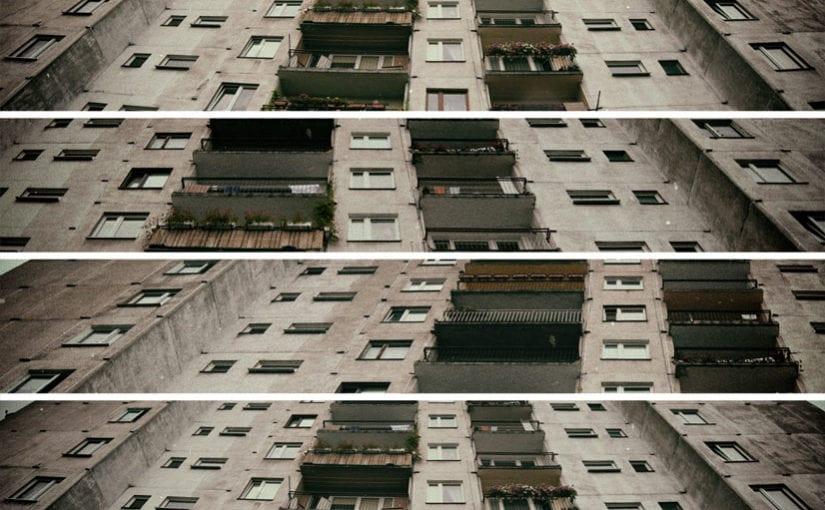 Mozaika betonowego smutku